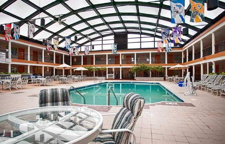 Best Western Green Bay Inn Conference Center - Hotel - 13