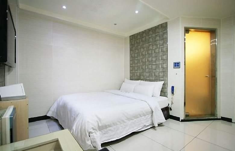 Plex - Room - 10