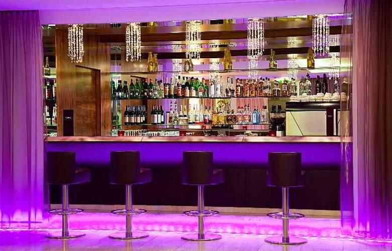 Pakat Suites Hotel - Bar - 7