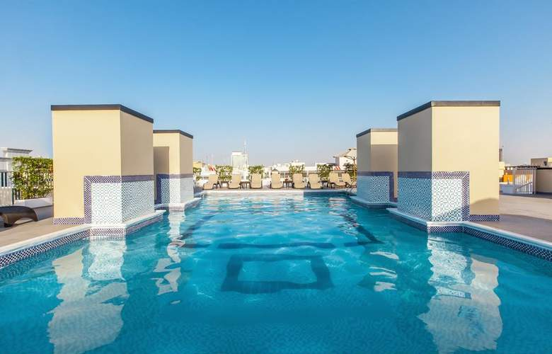 Golden Sands Hotel Apartments 3 - Pool - 12