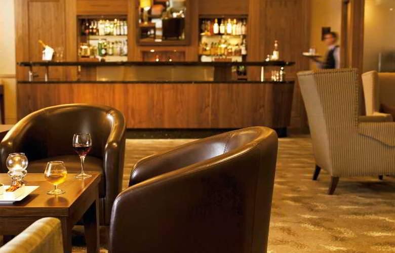 Macdonald Marine Hotel & Spa - Bar - 17