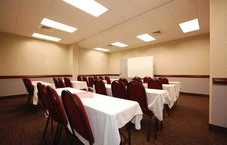 Best Western Springfield - Hotel - 39