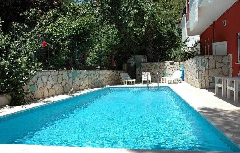 Paradise Garden - Pool - 5