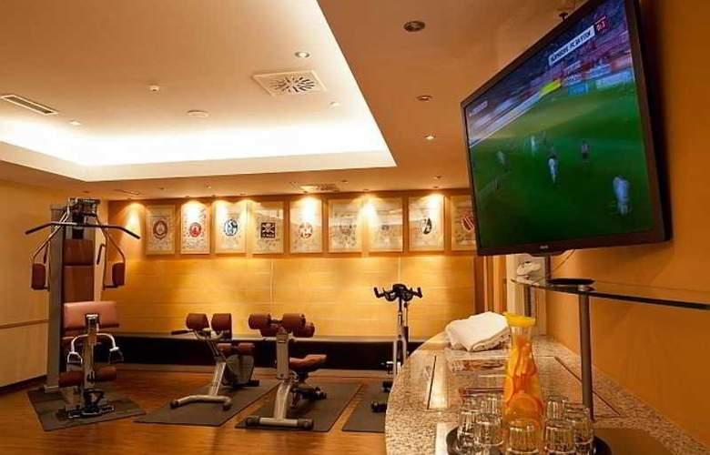 Novina Sudwestpark Hotel - Sport - 3