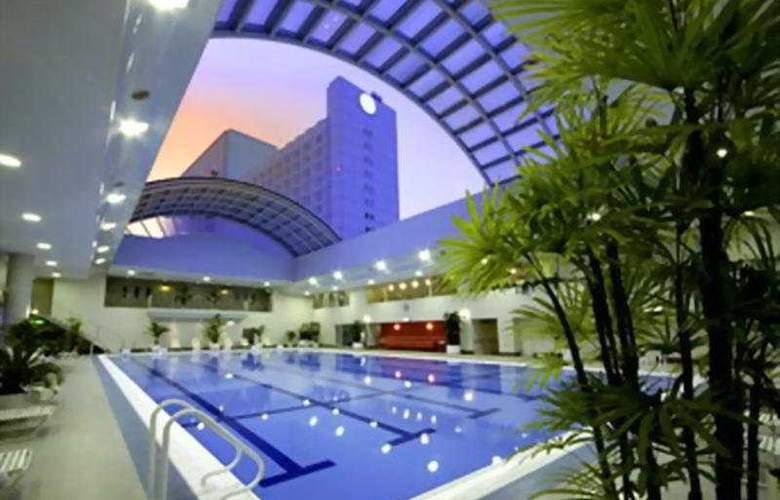 Sheraton Miyako Osaka - Pool - 3
