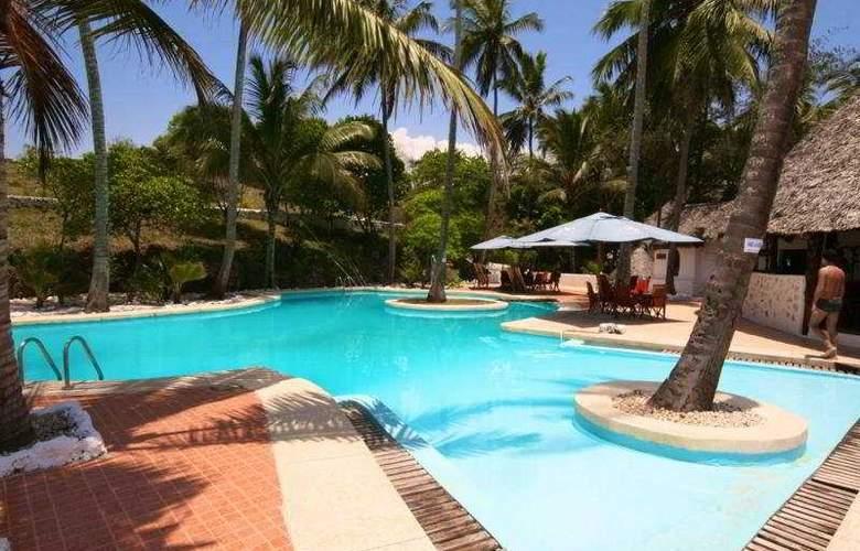 Ora Resort Coral Reef - Pool - 1