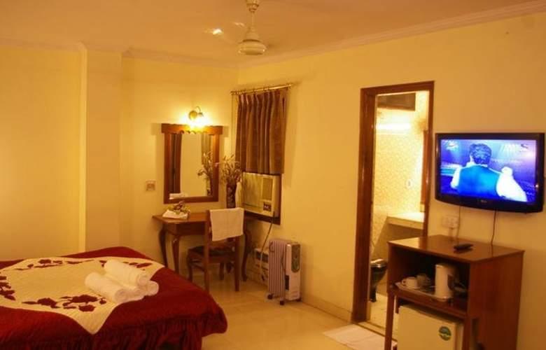 Surya Plaza - Room - 1