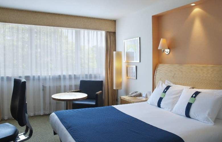 Holiday Inn London Gatwick Airport - Room - 7