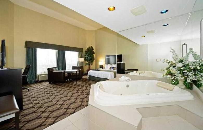 Best Western Plus Travel Hotel Toronto Airport - Hotel - 23