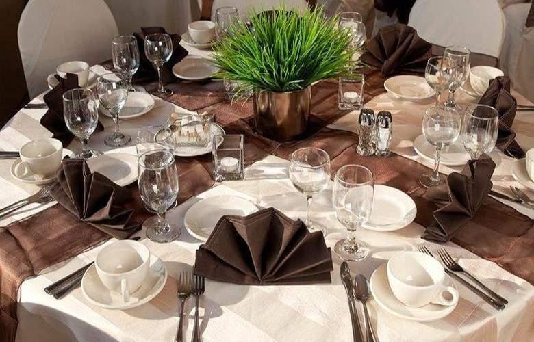 Holiday Inn Express Santa Rosa - Restaurant - 18