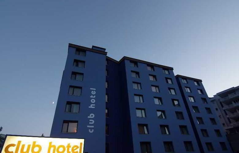 Club Hotel Davos - Hotel - 1