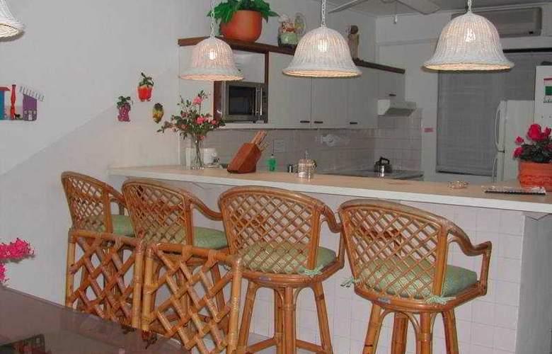 Sand Dollar Condominium Resort - Room - 2