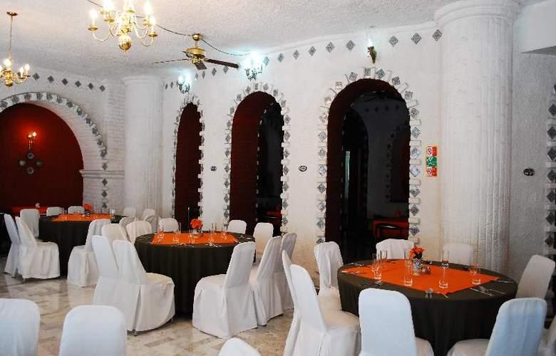 Aristos Puebla - Restaurant - 42