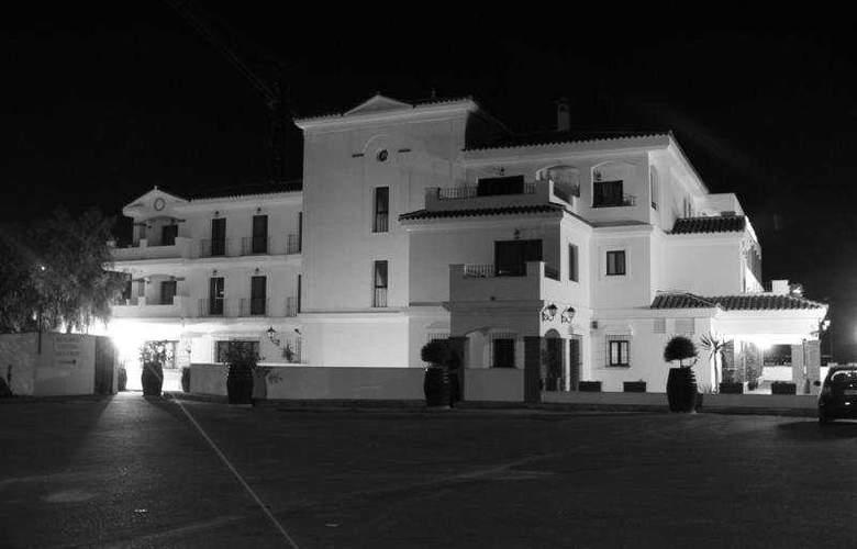 Los Dolmenes - Hotel - 0