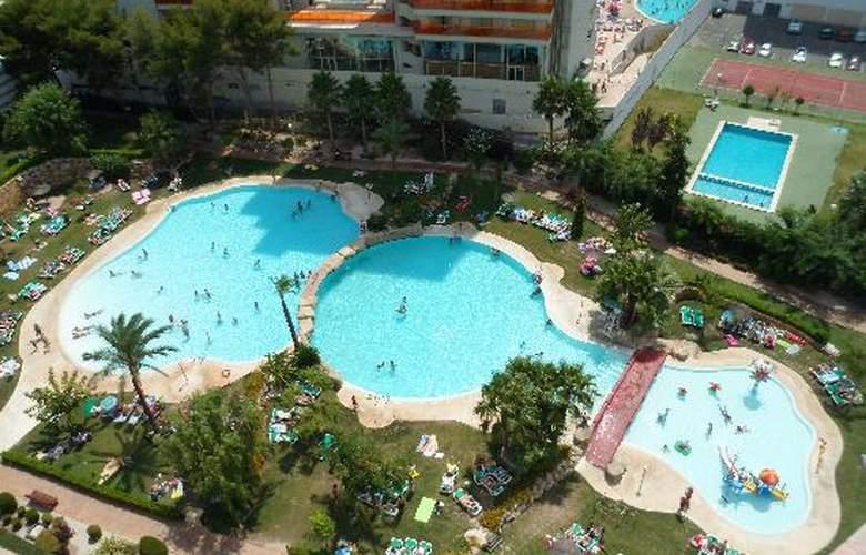 Gemelos XXII - Pool - 3