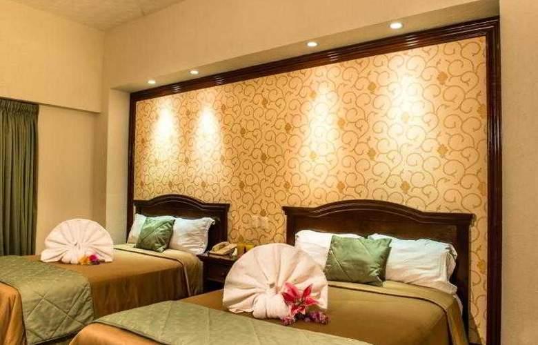 Plaza Campeche - Room - 6