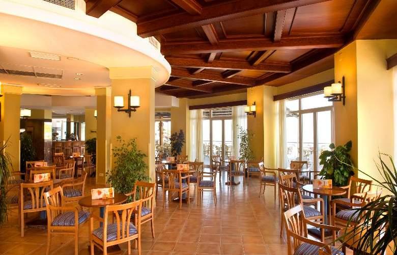 Universal Hotel Aquamarin - Bar - 3