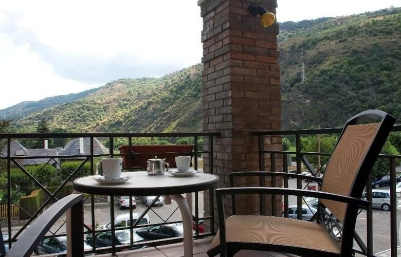 Condes del Pallars - Terrace - 12