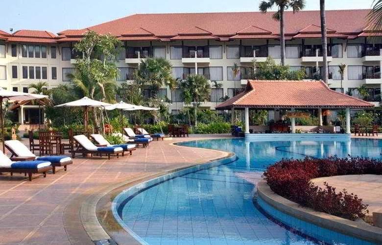 Angkor Palace Resort & Spa - Pool - 8