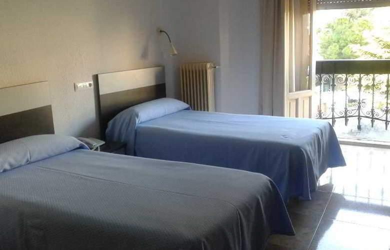 Altozano - Room - 7