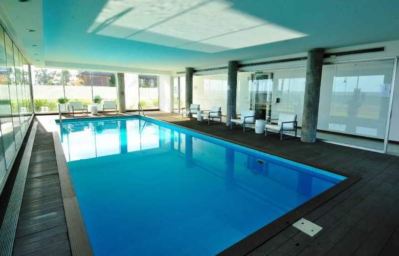 Real Colonia Hotel & Suites - Pool - 33