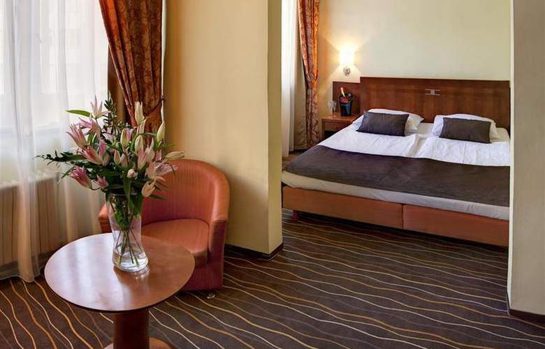 Luxury Family Hotel Bílá Labut - Room - 62