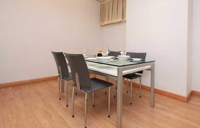 Far East Plaza Apartment - Room - 15