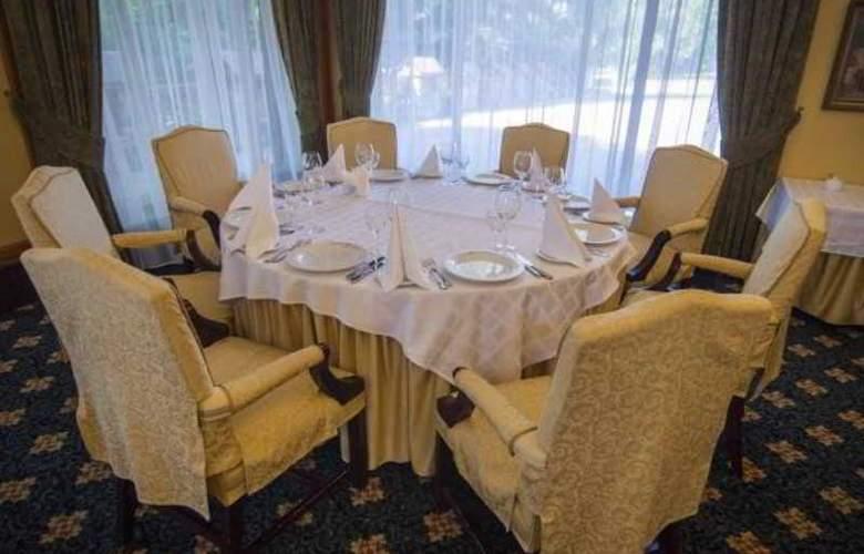 Navariya Nova - Restaurant - 4