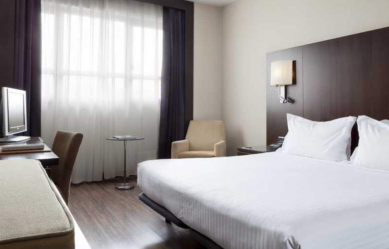 AC Ciudad de Sevilla - Room - 12