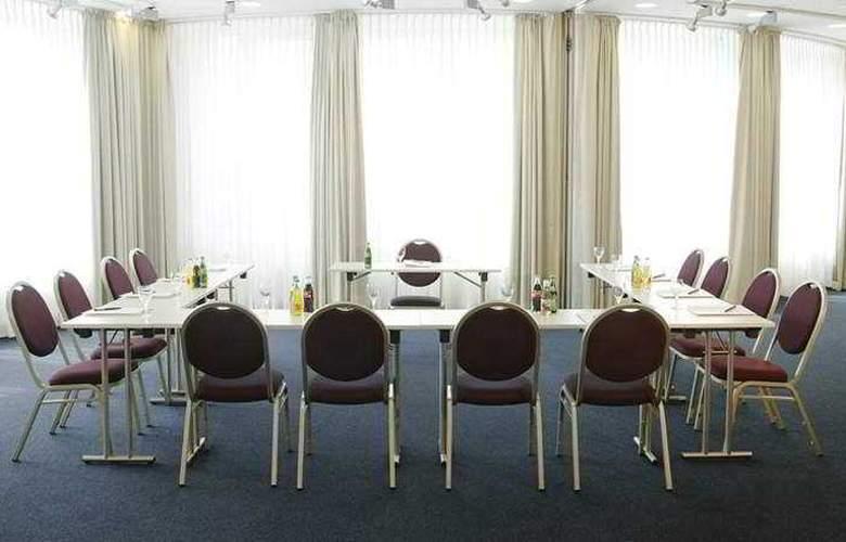 GOLD INN - Adrema Hotel - Conference - 4