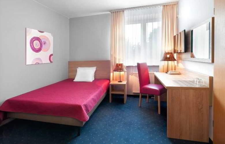 Petrus - Room - 12