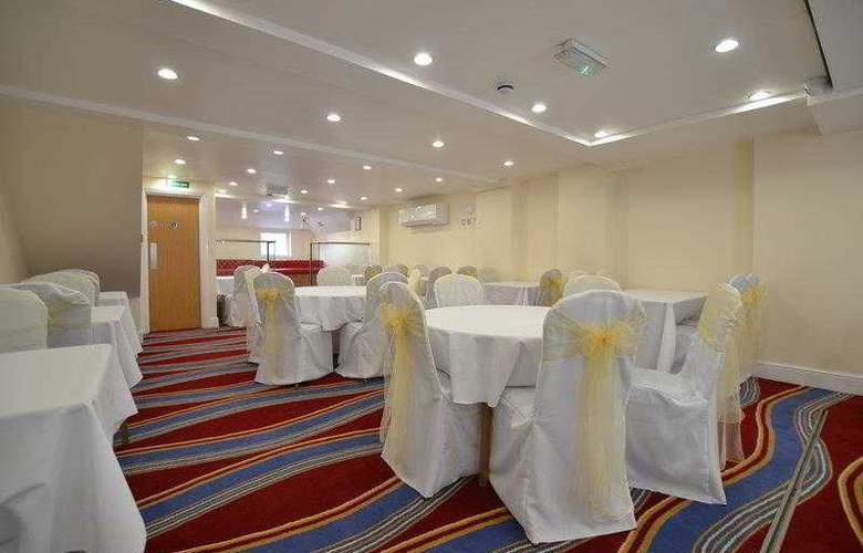 Best Western Greater London - Hotel - 8