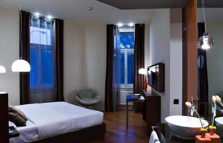 987 Prague - Room - 4