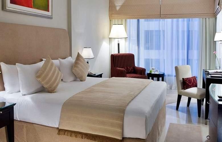 Two Seasons Hotel & Apartments Dubai - Room - 1