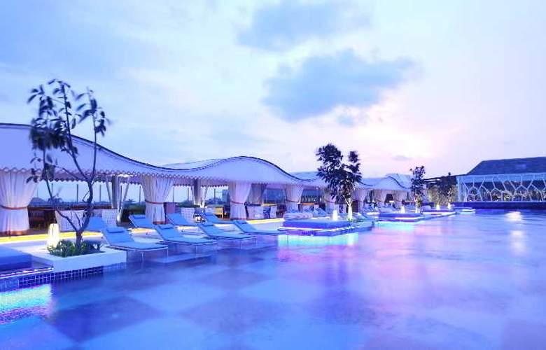 TS Suites Bali & Villas - Pool - 8