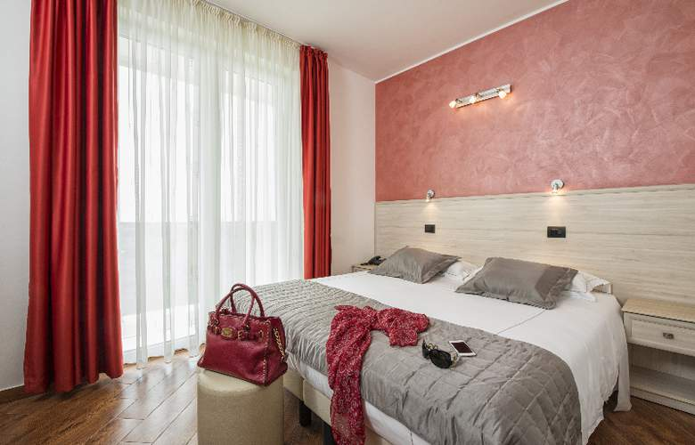 Simon Hotel - Room - 0