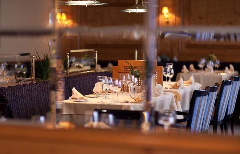 Best Western Ambassador Hotel Bosten - Restaurant - 52