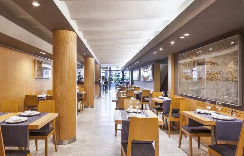 Acta Atrium Palace - Restaurant - 28