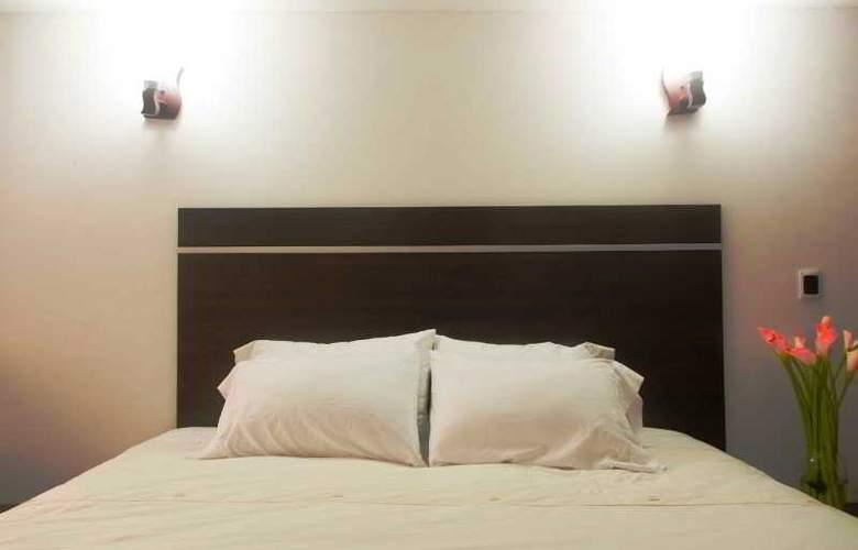 Chandelier - Room - 1