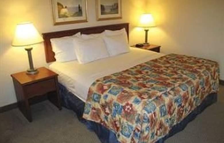 La Quinta Inn Cleveland Airport - Room - 4