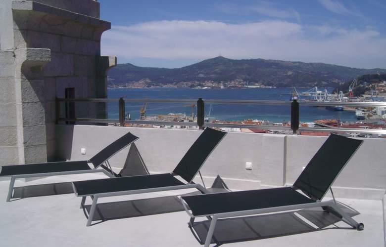 Zenit Vigo - Terrace - 3