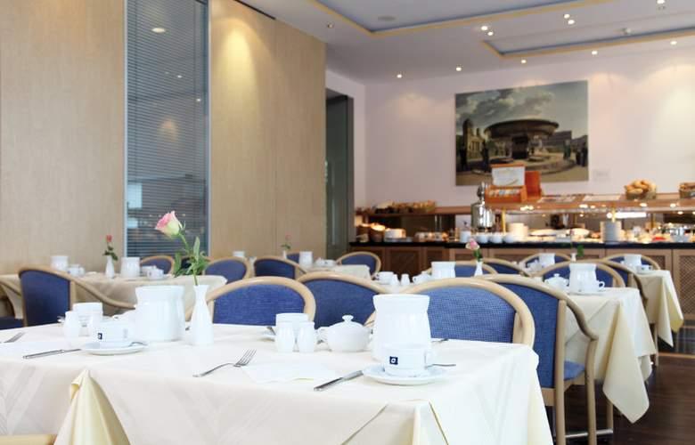 Derag Livinghotel Koenigin Luise - Restaurant - 1