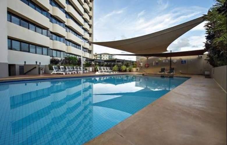 Hilton Darwin - Pool - 16