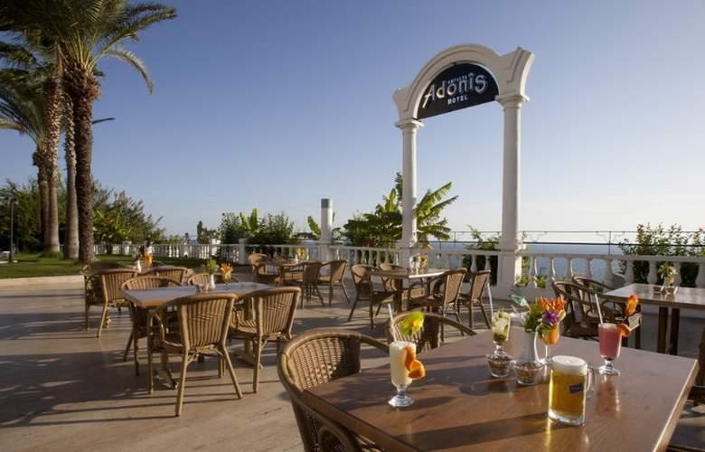Adonis Hotel - Terrace - 24
