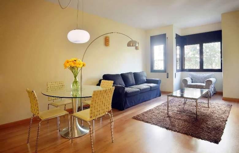 Barcelona Suites - Room - 1