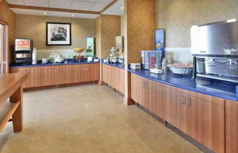 Hampton Inn Virginia Beach Oceanfront South - Hotel - 4
