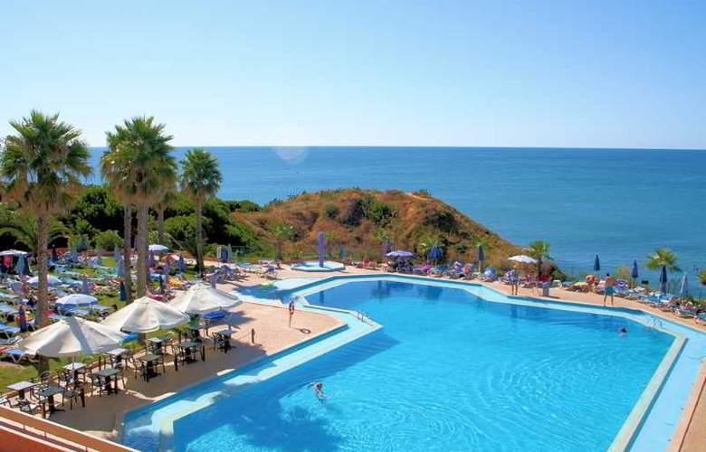 Auramar Beach Resort - Pool - 22