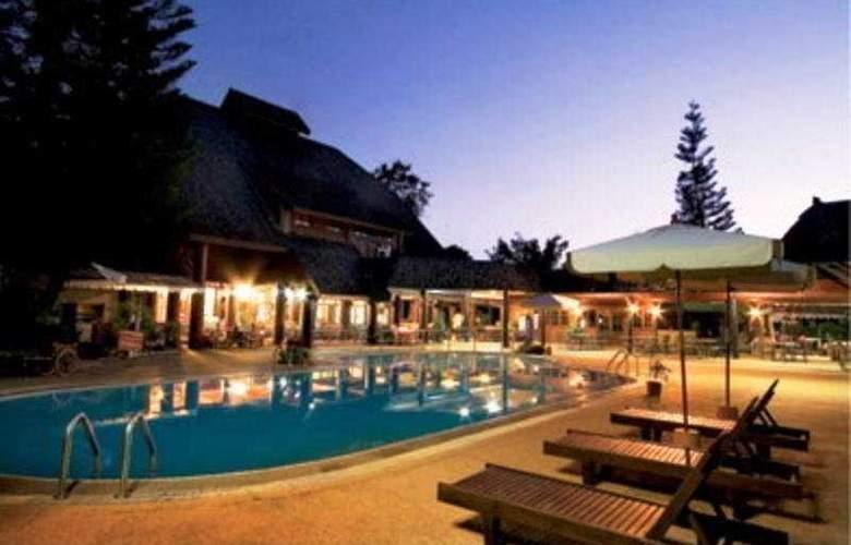 Royal Ping Garden & Resort - Pool - 10