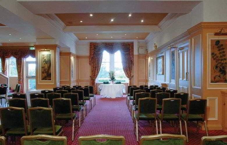 BEST WESTERN Braid Hills Hotel - Hotel - 10