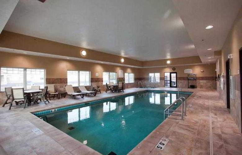 Best Western Plus Grand Island Inn & Suites - Hotel - 8